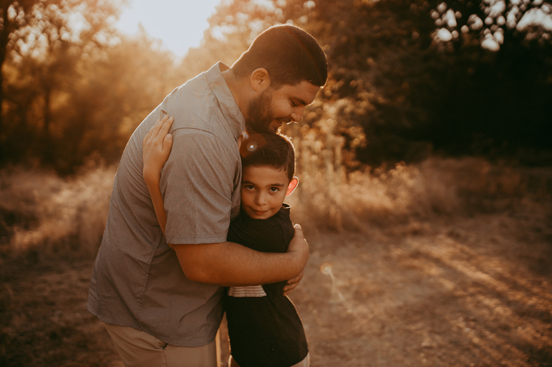 Family Photography, father and son hugging