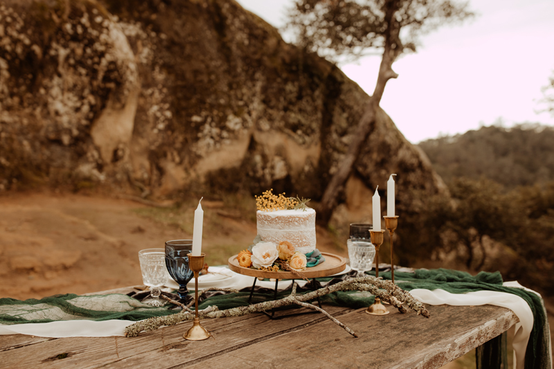 Elopement Photography, wedding cake on table